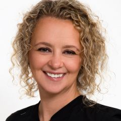 dentists-in-lumsden-amanda-dental-hygenist